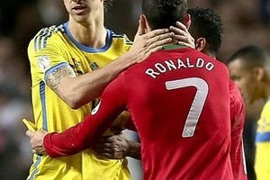 Zlatan and Cristiano Ronaldo are the only two players to have scored in every minute of a match. #fo