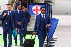 "Pilot: ""I've left the engine running boys!"" England team: ""Nice one mate, we won't be long..."" #foot"