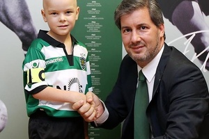Sporting have signed 5-year old Francisco, who's fighting cancer, as the club's 12th man. Touch of c