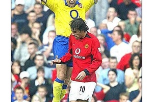 There were rivalries and then there was this... #football #soccer #arsenal #mufc #ggmu #liverpool #e
