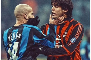 Nothing like a Derby to get the blood boiling.... #football #soccer #acmilan #milano #inter #kaka #s