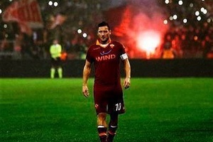 "Journalist: ""Could you talk for a minute?"" Totti: ""After 25 years what the f*ck more do I have to te"