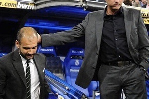 "José Mourinho on Pep Guardiola: ""When you enjoy what you do, you don't lose your hair. He's bald.' #"