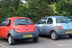 BREAKING. Arsenal fans start getting excited. Ka Ka spotted at The Emirates carpark.. #football #soc