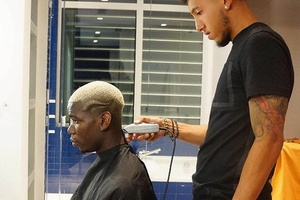 Barber: 'Another sh*t match Paul?' Pogba: 'Yeah, but this new haircut should fix it'... #football #s