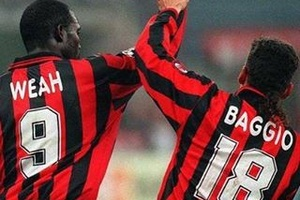 One picture. Two legends... #football #weah#soccer #baggio #milan #acmilan