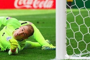 "Joe Hart at #Euro2016  #ENG  Shots faced: 5 Goals conceded: 4 Joe Hart: ""I've had nothing to do"""