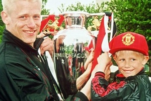 Peter Schmeichel could watch his son clinch the title at Old Trafford today... #football #soccer #pr